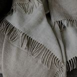 Halaus, merinowool linen throw